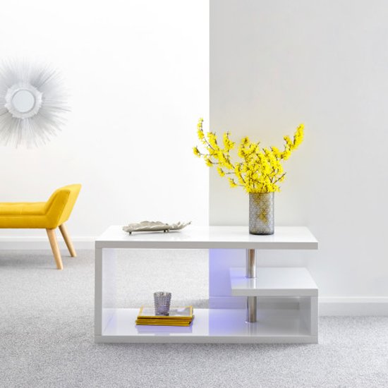 View Point coffee table in white high gloss with led lighting