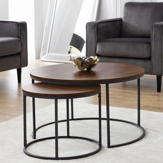 View Solero set of coffee tables round in walnut with metal legs